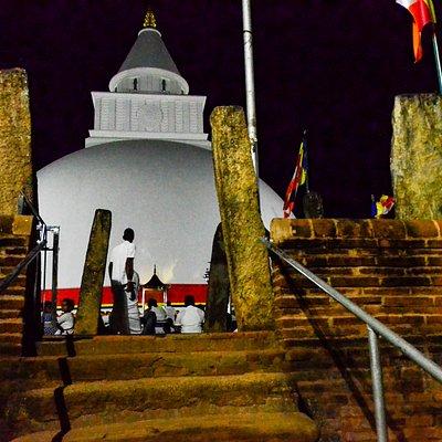Kiri Vehera Stupa