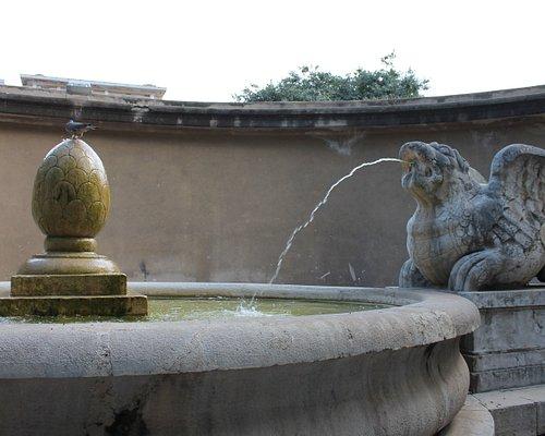 Fontana dei due draghi