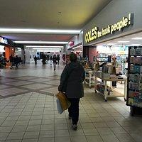 Highland Square Mall