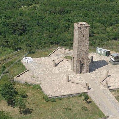 Monument Kosovo Polje (Gazimestan)