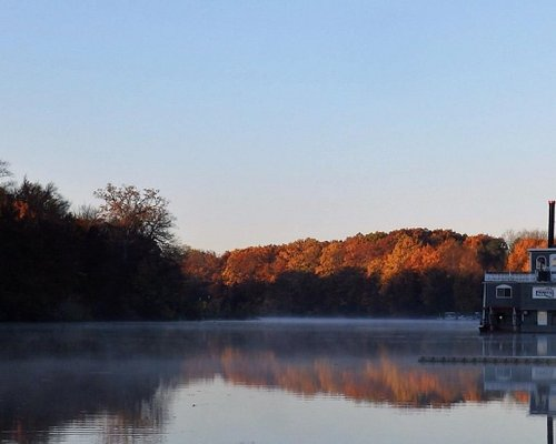 Early morning on the Grand River