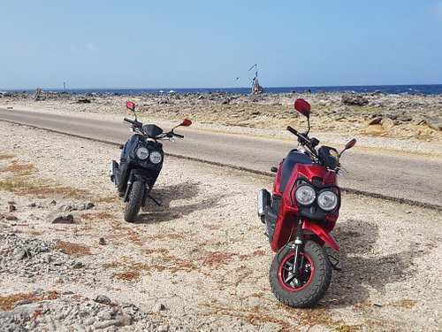 Bonaire met coole offroad scooters