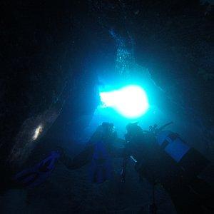Tounel diving