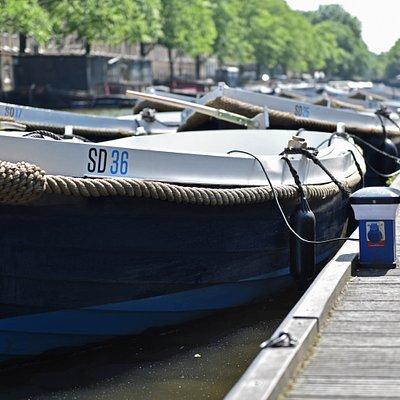 Sloepdelen steiger Amsterdam Nassaukade