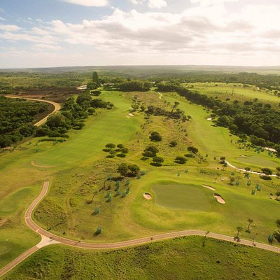Olivewood Private Estate & Golf Course offers an 18 hole championship golf experience.
