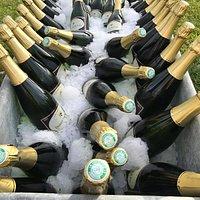 Champagne bath by Champagne Daniel PÉTRÉ & fils