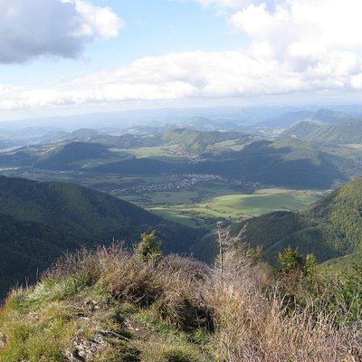 Hezké výhledy z vrcholu tohoto kopce