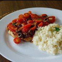 abadejo ao molho de tomate cereja