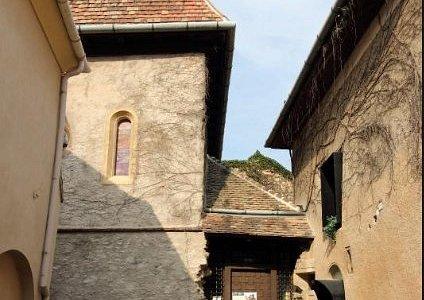 Eingangshof zur alten Synagoge