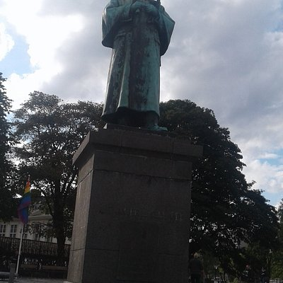 Statue of Alexander Kielland in Stravanger