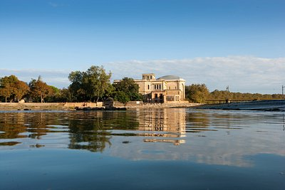 Agde - Chateau Laurens . Photo par Maynard