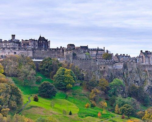 Stunning iconic Edinburgh Castle