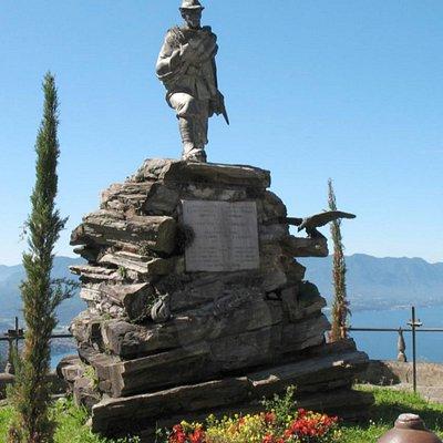 Monumento ai caduti di Campagnano Veddasca