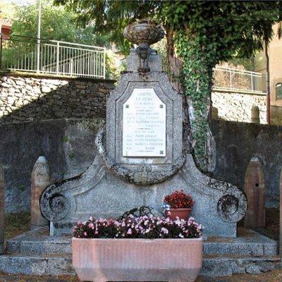 Monumento ai caduti di Cadero