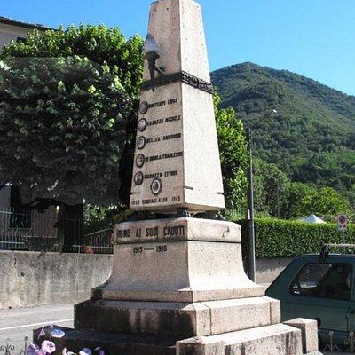 Monumento ai caduti di Runo