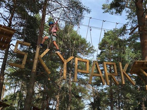 Klättring i Skypark Vaxholm