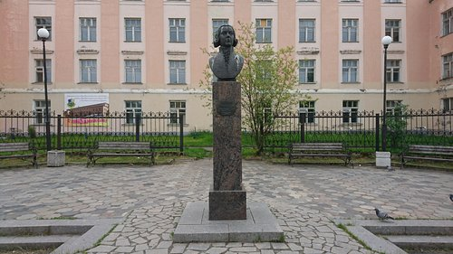 Памятник Г. Р. Державину