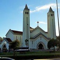a bela igreja com suas torres