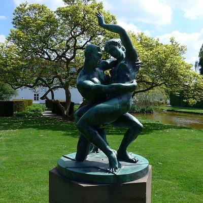 Odense, 'Elskovskampen' (1922) by Johannes Bjerg in the King's Garden