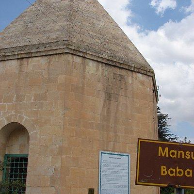 Mansur Baba Türbesi 8