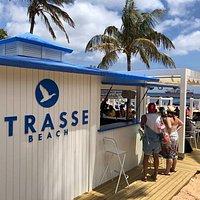 En la playa de las Teresitas, Kiosco número 2.