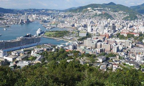 鍋冠山公園からの長崎市街地