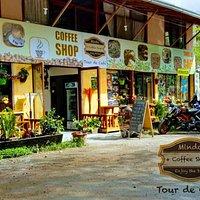 ENTRADA PRINCIPAL DE MINDO COFFEE SHOP