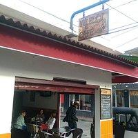 Velez El Cafe