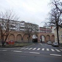 Staufermauer