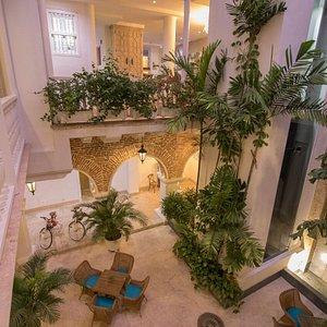 Patio de los Coches ... epicentro de este hermoso Hotel