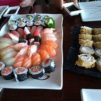 Almoço Japonês excelente. Atendimento rápido, comida bem servida, valeu muito a pena.
