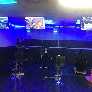 Playing Onward, Job Simulator, and Project Cars