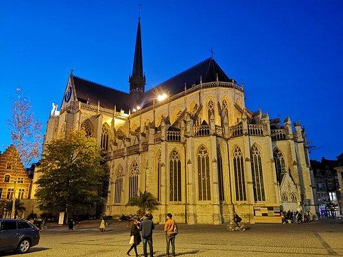 Iglesia de noche