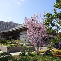 Higashi Honganji Buddhist Temple