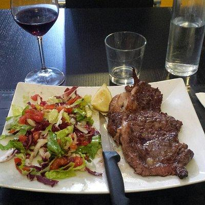Ottimo il menu carne. E non solo.