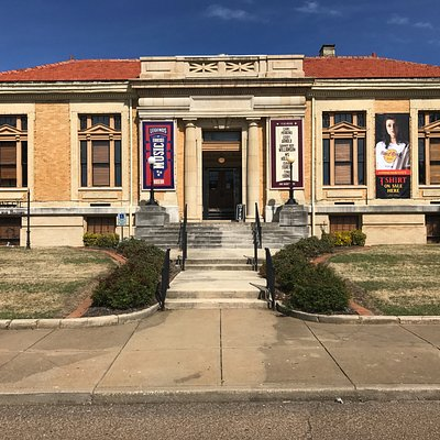 Legends of Tennessee Music Museum lives in a 125 year old Carnegie Library Building.