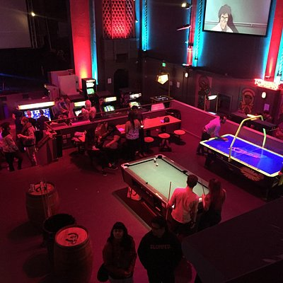 Great place to chill, have a drink and play some games. You can bring in your food from any of t