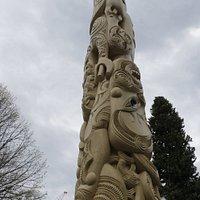 Pou Pou Monument (3)
