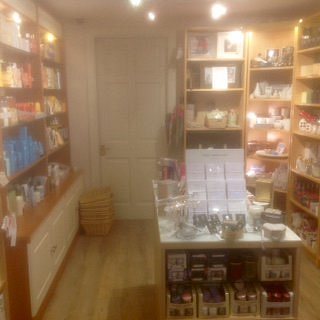 inside Malt Kiln Gifts, Haddington