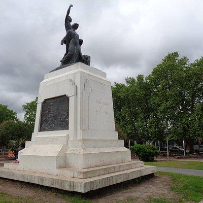 Monumento a los caídos en la Batalla de Chascomús