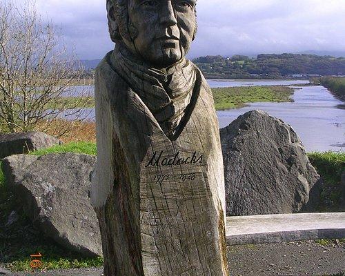 Madocks Sculpture by The Cob (Porthmadog)