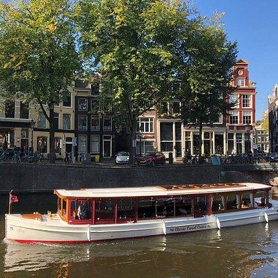 Salon boat Iris on the Classic Canal Cruise