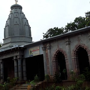 Temple of Kuladanada Bramhachari Asram