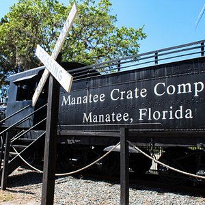 Old Cabbage Head, built in 1913, has been a Bradenton Landmark for over 50 years