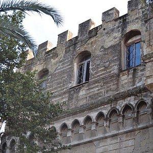 Torre Palasciano: bisogna fare una salita attraverso la scalinata Moiariello, ma ne vale la pena