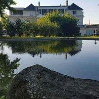 Restaurant Le Palace du Lys, venez découvrir notre cadre et déguster une cuisine bistrinomique