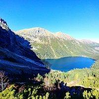 Looking down on Lake Morskie Oko (Tory)