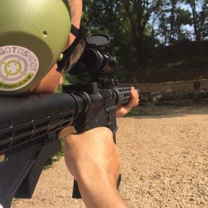 Nauka strzelania,Strzelnica, imprezy integracyjne , kursy, szkolenia, zabawa