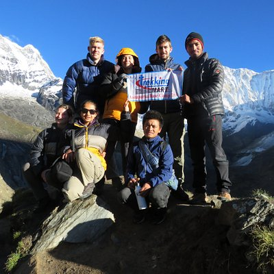 Amazing background of Annapurna mountain of amazing young trekkers