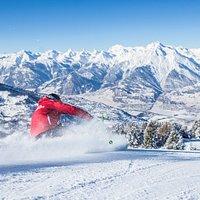 Skiing in Veysonnaz